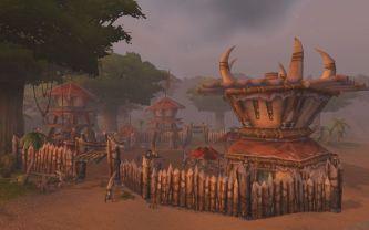 Grom'Gol_Base_Camp_beach_side